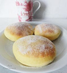 beignets sans friture - no fry donuts Beignets, Thermomix Desserts, Dessert Recipes, Cake Recipes, Snacks, Fritters, Food Inspiration, Sweet Recipes, Love Food