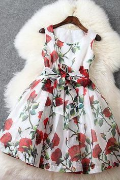 2015 New Fashion Round Neck print Sweet Dress