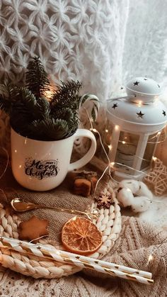 Christmas Feeling, Cozy Christmas, Beautiful Christmas, Christmas Time, Christmas Phone Wallpaper, Christmas Aesthetic Wallpaper, Winter Wallpaper, Image Deco, Theme Noel