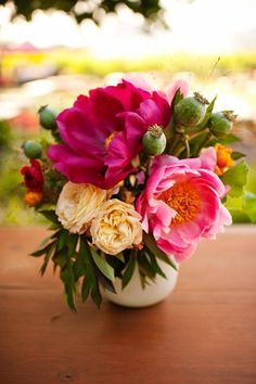 Natalie Bowen Designs floral arrangement - lovely pink and creamy white roses