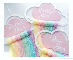 Girls Bathroom Organization, Diy For Kids, Crafts For Kids, Couronne Diy, 1st Birthday Girl Decorations, Baby Girl Clipart, Baby Door Hangers, Rainbow Hair, Rainbow Cloud
