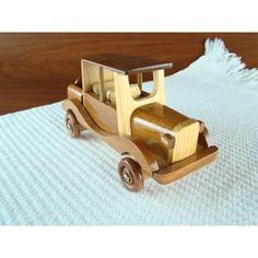 carrinho de madeira antigo 8                                                                                                                                                                                 Mais