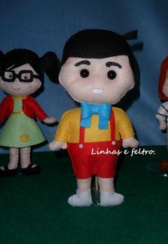 Turma do Chaves. Wool Dolls, Felt Dolls, Flower Fairies, Clothes Crafts, Animal Crafts, Doll Crafts, Wool Felt, Pixie, Batman