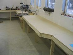 Motet saw table