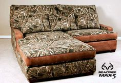 Would you put this camo sectional couch in your house or man… Camo Furniture, Nice Furniture, Furniture Ideas, Camo Home Decor, Camo Rooms, Camouflage Bedroom, Mossy Oak Camo, House Rooms, Living Rooms