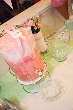 Ice Cream Party - Super Yummy Pink Punch! (Pink Citrus Berry Hawaiian Punch, Vanilla Ice Cream and Lemon-Lime Soda)