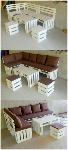 In order to catch the awesome inspiration, you can eventually give a look over this wood pallet furniture set. This whole creation set artwork has been brilliantly included with the flavors of the couch alongside with the table and center piece of the stools into it. It is a perfect idea of larger gatherings seating arrangements.