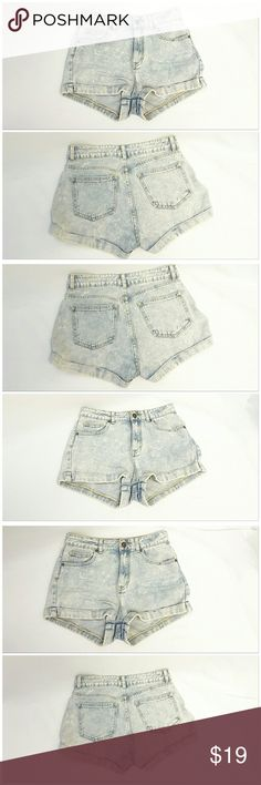 "40% BUNDLE DISCOUNT! FREE SHIPPING ON BUNDLES! BULLHEAD DENIM CO, High Waist, Cuffed Hem Shorts, size 7 See Measurements, 1""cuffed hem, tag says ""this garment was specially dyed to produce it's unique color"", machine washable, 100% cotton, approximate measurements: ""high waisted"" 15"" waist laying flat, 1 3/4"" inseam, 5"" zipper, 12 1/2"" length waist to hem, 11 1/2"" rise. ADD TO A BUNDLE!  40% BUNDLE DISCOUNT! FREE SHIPPING ON BUNDLES! ""OFFER"" $6 LESS ON BUNDLES! Price firm unless Bundled…"