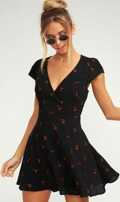 Life is a bowl of cherries with the Best Day Ever Black Cherry Print Skater Dress! Lightweight woven skater dress with a cute cherry print, surplice bodice, and cap sleeves. Fitted waist falls to a flirty mini skirt. Hidden back zipper. Simple Outfits, Summer Outfits, Cute Outfits, Black Outfits, Black Summer Dresses, Simple Dress Casual, Night Outfits, Girly Outfits, Women's Dresses