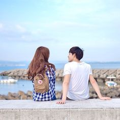 we are made of stardust Ulzzang Couple, Ulzzang Girl, Asian Love, Korean Couple, Photo Couple, Avatar Couple, Fashion Couple, Couple Outfits, Poses