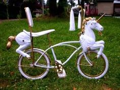 !!!Carousel bike @Tracie Belles.....I think the nieces totally need one of these