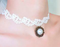 SALE white floral lace choker - bronze pearl pendant charm necklace - gothic vintage beaded bridal wedding