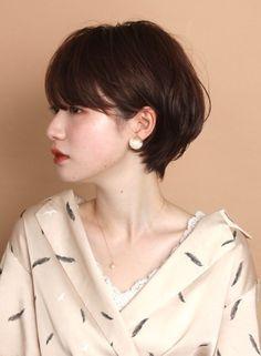 Japanese Short Hair, Asian Short Hair, Short Grey Hair, Short Hair Cuts, Asian Bob, Hair Scarf Styles, Shot Hair Styles, Curly Hair Styles, Scarf Hairstyles
