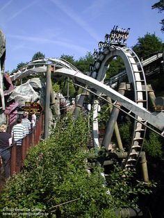 Nemesis Ride at Alton Towers Staffordshire England Roller Coaster Theme, Best Roller Coasters, Coaster Art, Amusement Park Rides, Abandoned Amusement Parks, Alton Towers Rides, Abandoned Cities, Abandoned Mansions, Backpacking South America
