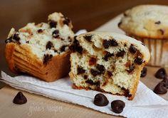 Ricotta Cheese Chocolate Chip Muffins | Skinnytaste