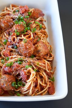 Sicilian Spaghetti and Meatballs Fast Healthy Meals, Healthy Cooking, Easy Meals, Healthy Recipes, Epicure Recipes, Pasta Recipes, Meatball Recipes, Beef Recipes, Recipies