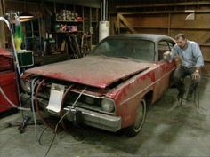 'Married With Children' The mighty Dodge was a 1972 Plymouth Duster. Ford Police, Police Cars, Kids Comedy, Al Bundy, Married With Children, Plymouth Duster, Facts For Kids, Mopar Or No Car, Of Mice And Men