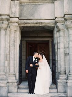 Photography : Clary Pfeiffer Photography | Grooms Attire : Vera Wang Black | Wedding Dress : Reem Acra Read More on SMP: http://www.stylemepretty.com/2016/02/05/classic-st-louis-cathedral-art-museum-wedding/