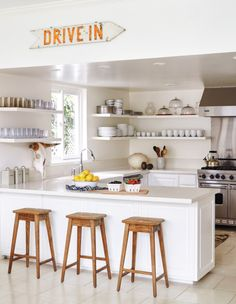 Surf Shack | La Dolce Vita Fresh Idea - no upper cabinets