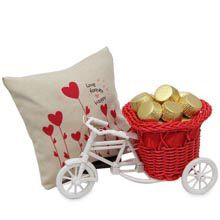 A inches heart printed cover filled with potpourri and a very cute red and white basket cycle carrying 200 gms of handmade chocolates. Romantic Gifts For Wife, Best Gift For Wife, Birthday Gift For Wife, 25th Anniversary Gifts, Handmade Chocolates, Gift Hampers, Heart Print, Online Gifts, Potpourri