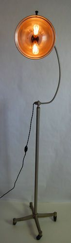 Fully Adjustable Rolling GE X-Ray Floor Lamp Original Finish Industrial Medical