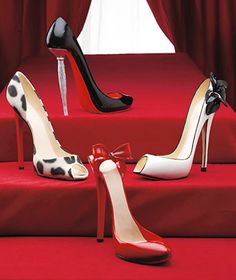$24.95 High Heel Shoe- Wine Bottle Holder