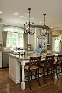 Stunning Lantern Style Kitchen Pendant Lighting Over Island.