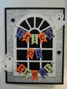 Halloween Window Card by candee porter - Cards and Paper Crafts at Splitcoaststampers Halloween Paper Crafts, Halloween Fun, Cricut Halloween Cards, Handmade Halloween Cards, Fall Paper Crafts, Fall Cards, Holiday Cards, Halloween Window Decorations, Window Cards