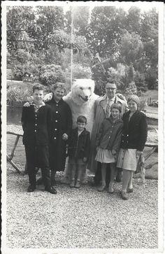 Alphen aan den Rijn Vogelpark Avifauna in 1958. Nars, Couple Photos, Couples, Couple Shots, Couple Photography, Couple, Couple Pictures