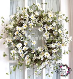 wild wispy daisy wreath by www.southerncharmwreats.com