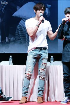 150627 BTH Sinchon Fansign - Song Kyungil - do not edit