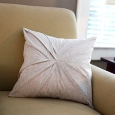 How to sew an easy pretty pleated pillow - makes a great gift!