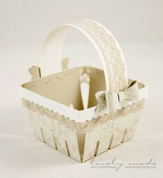 Absolutely beautiful basket!