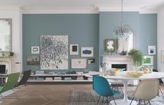 Oval Room Blue by Farrow & Ball Paint Love the pale blue walls and blue chandelier bluedecor bluerooms 478366791672416923 Farrow And Ball Living Room, Fresh Living Room, Living Room Sets, Living Room Decor, Blue Living Room Walls, Living Area, Cozy Living, Farrow Ball, Farrow And Ball Paint