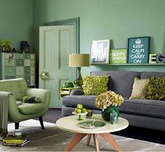 Pantone greenery -Sala com parede, móveis e detalhes em verde. Cor 2017 da Pantone