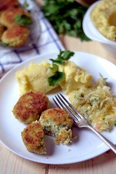 Kotlety z dorsza Eggs, Chicken, Meat, Breakfast, Blog, Morning Coffee, Egg, Blogging, Egg As Food
