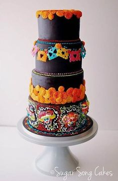 Wedding Cake Ideas - Mexican wedding cake could be very funny and creative. There are four rules for such kind of cake creation. See our gallery and look for the bonus! Gorgeous Cakes, Pretty Cakes, Amazing Cakes, Dead Gorgeous, Fiesta Cake, Party Fiesta, Bolo Halloween, Halloween Cakes, Cake Wrecks