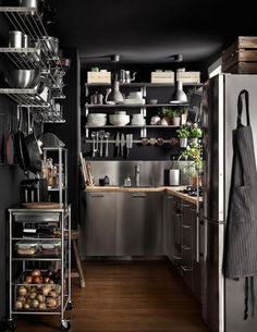 Pantry Room, Kitchen Pantry, Kitchen Tools, Kitchen Dining, Kitchen Stuff, Butler Pantry, Kitchen Interior, New Homes, House Design
