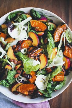 Roasted Pumpkin & Peach Salad + Sydney - My Vegan Recipes Vegetarian Recipes, Cooking Recipes, Healthy Recipes, Pumpkin Recipes, Fall Recipes, Dinner Recipes, Dinner Ideas, Dessert Recipes, Roast Pumpkin Salad