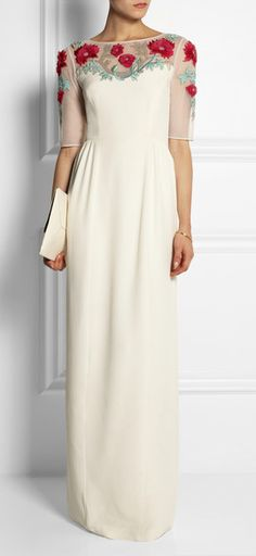 Choose a brides dress that you can wear as well to any special occasions. Temperly London's new bridal wear are 2 dresses in 1.