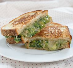 broccoli cheddar grilled cheese- my fav veggie meets my fav sandwich... I just drooled a little... Now why didn't I think of this...:-)