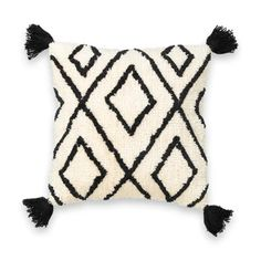 This geometric-style cushion cover is finished with corner tassels and a fluffy feel for comfort and style. Fluffy Cushions, Boho Cushions, Geometric Cushions, Printed Cushions, Diy Pillows, Cushions On Sofa, Diy Cushion Covers, Cushion Cover Designs, Pillow Covers