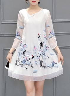 new Ideas for dress casual floral sleeve Trendy Dresses, Simple Dresses, Cute Dresses, Casual Dresses, Simple Dress Casual, Kurti Neck Designs, Blouse Designs, Dress Outfits, Fashion Dresses