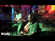 "Kip Moore - ""Complicated"" (Acoustic) LIVE from Brother Jimmy's NYC - YouTube"
