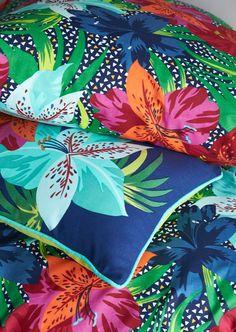 Tissu fleuri / Nouvelle collection printemps été de Mondial Tissus