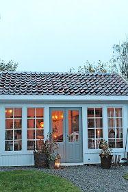 Tenk at jeg skulle fåen av mine drømmer oppfylti 2015... Nemlig å få et orangeri i hagen ! Ja det er ikke til å tro.. og ...