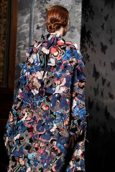 Butterfly Romance - colourful cape with stitched butterflies & beautiful textures - fashion details // Valentino
