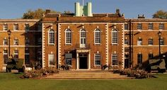 Google Image Result for http://www.hacpolo.co.uk/wp-content/uploads/2012/04/HAC-Armoury-House.jpg