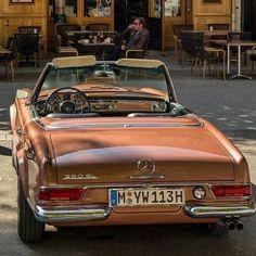 Pretty Cars, Cute Cars, Classy Cars, Sexy Cars, Old Vintage Cars, Old Cars, My Dream Car, Dream Cars, Cabriolet