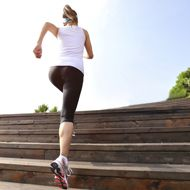 Want to get in shape for your wedding day? Use this simple month-by-month plan as a guidel...